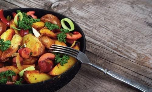 poelee-de-pommes-de-terre-aux-knacki.jpg