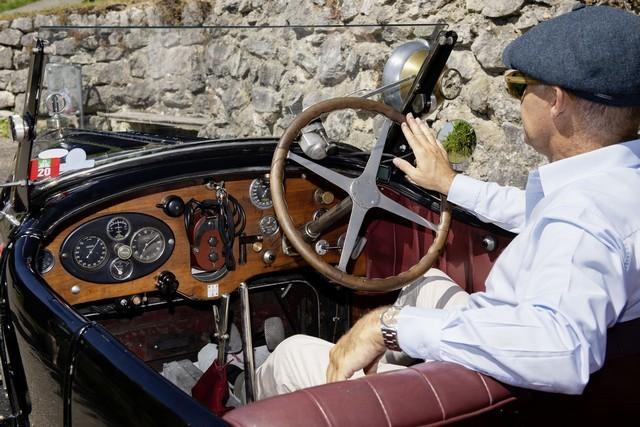 Service client Bugatti - Sur la magie de la marque 05_guy-caquelin_type-43-grand-sport