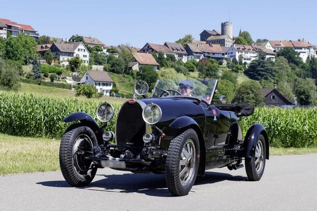 Service client Bugatti - Sur la magie de la marque 06_guy-caquelin_type-43-grand-sport