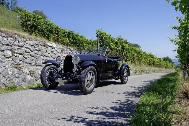 Service client Bugatti - Sur la magie de la marque 09_guy-caquelin_type-43-grand-sport