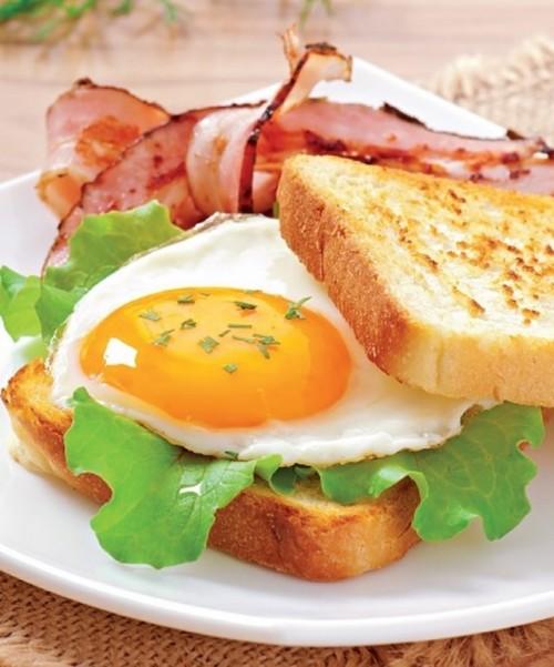 toast-oeuf-bacon.jpg
